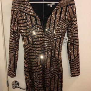 Sequined Long-sleeved mini dress